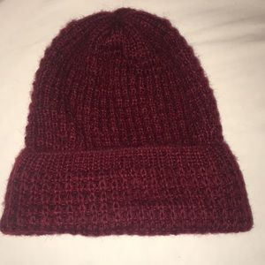 Burgundy tight knitted beanie
